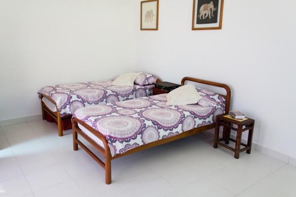 Bedroom1_02